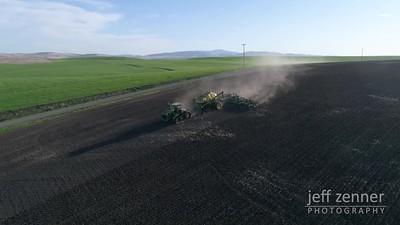 Planting / Seeding - John Deere - Video Footage