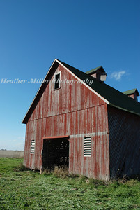 red barn side angle 5129