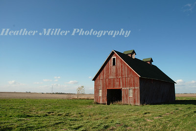 old red barn 5156
