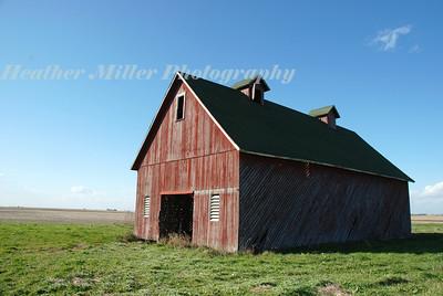 red barn 5143