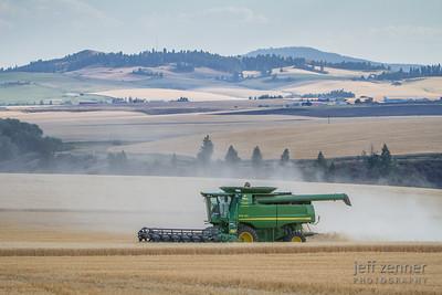 Harvesting Wheat in Nezperce, Idaho, with a John Deere 9770 STS Combine