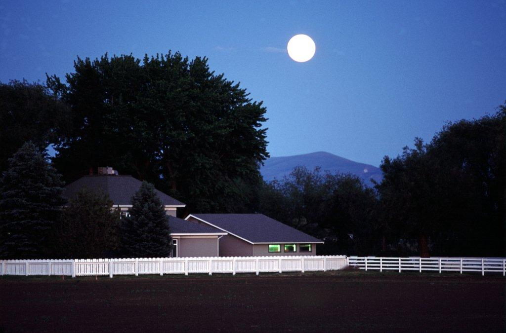 Yelm farm moon