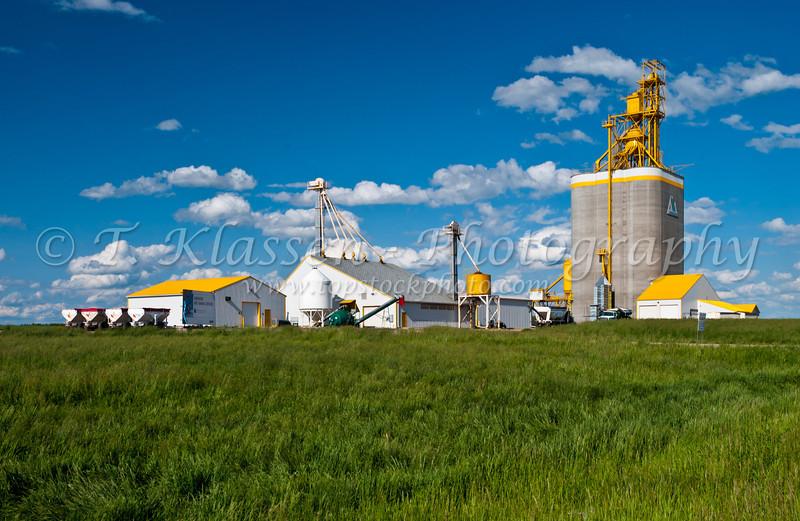 Prairie Mountain Grain Agri modern grain handling facility at Roblin, Manitoba, Canada.