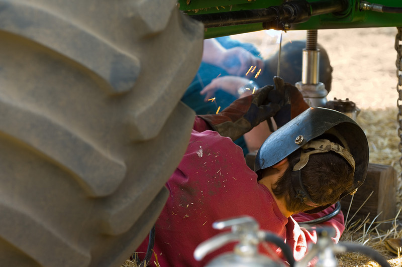 Equipment repair during harvest time