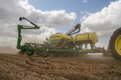 Corn planting peterson hilmar