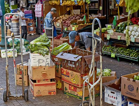 Chinatown open market vendors Honolulu Hawaii 2