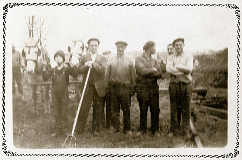 Peck Sheils, Hank Mulvaney, George Bartnick, Bob Cahalan, Martin Sheils, Marty Sheils and Hugh Muldoon. (Photo ID: 31772)