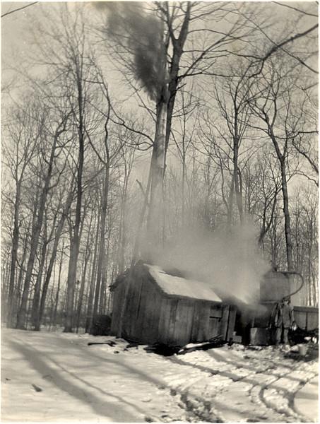 Joseph Palmer boiling sap. (Photo ID: 28143)