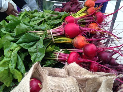 Beets for sale at farmers market.