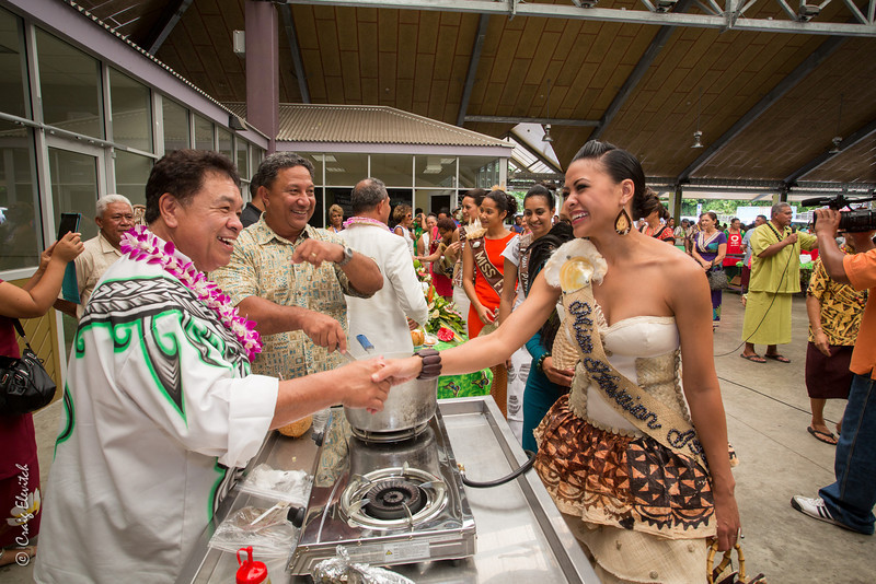 Chef Sam Choy greets each of the Miss South Pacific contestants.