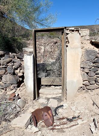 Stone ruins at Agua Caliente (2018)