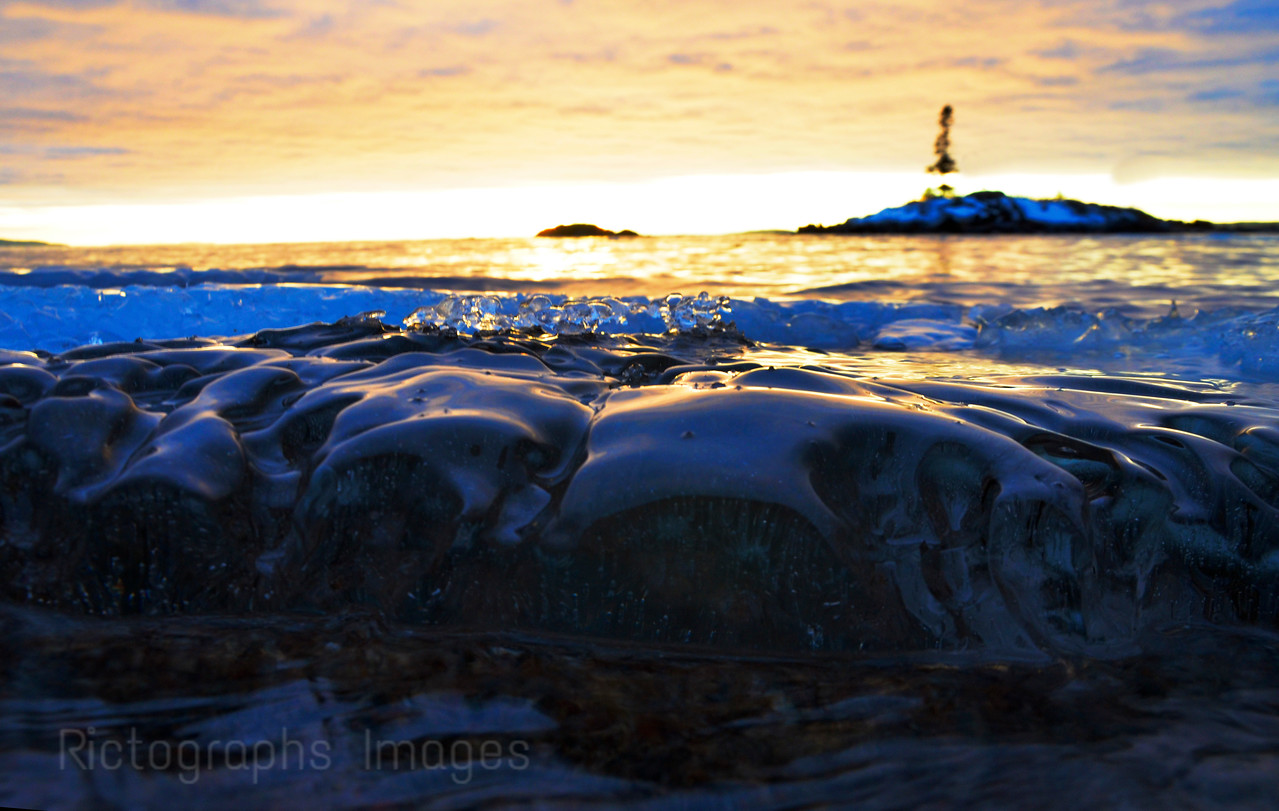 Icy Lake Superior, At The Mouth Of The Aguasabon River, Terrace Bay, Ontario, CanadaJanuary 2016, Rictographs Images