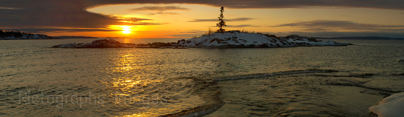 Aguasabon River, Lake Superior, Sunrise