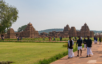 Pattadakal - one of the three great centers of temple architecture. Curvilinear and, finally, square roofs with receding tiers. 8th century.