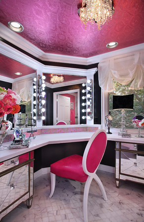 Glam Rooms