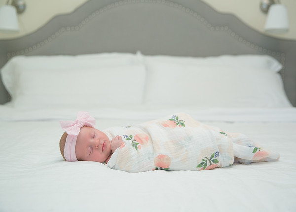 Ainsley Moore Newborn00059
