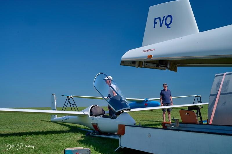 Southdown Gliding Club=Z61_1787 - 9-09 am