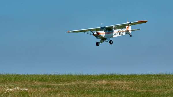 Southdown Gliding Club-9618 - 10-16 am 1