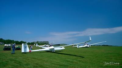 Southdown Gliding Club=Z61_1809 - 10-21 am