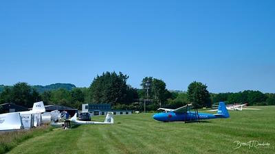 Southdown Gliding Club=Z61_1792 - 9-14 am