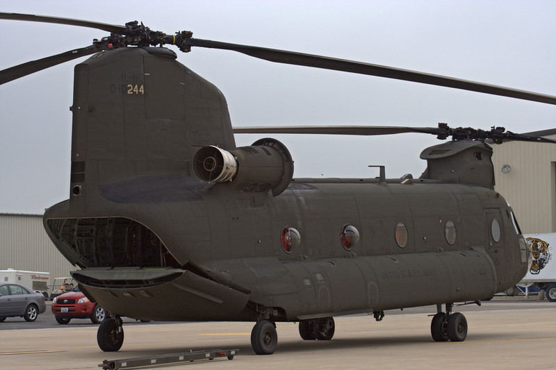 CH-47 Chinook from the Illinois National Guard
