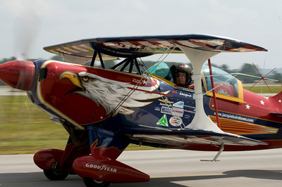 Jacquie B taxing out for take-off on her first of two demos for the day.