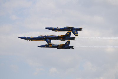 During the Friday special pre-show practice, the Blue Angels use plane number 7 instead of plane number 2, which had some minor difficulty starting.