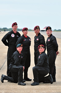 U.S. Army Black Dagger's Parachute Team