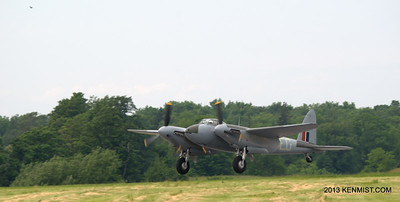 Mossie lifting off