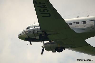 "Douglas C-47D Skytrain ""Yankee Doodle Dandy"""