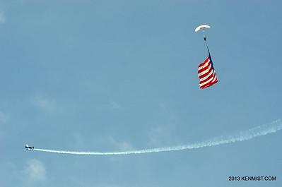 Melissa Pemberton and Team Fastrax skydiver