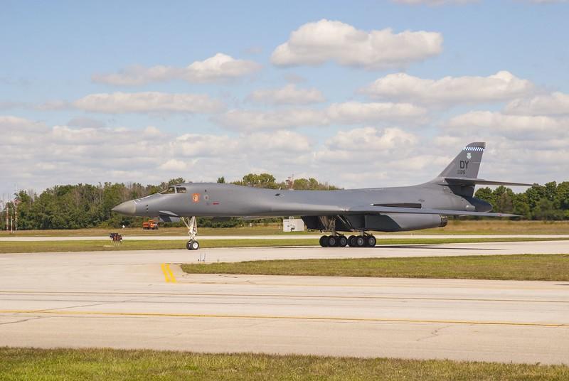 B-1B Lancer arrival
