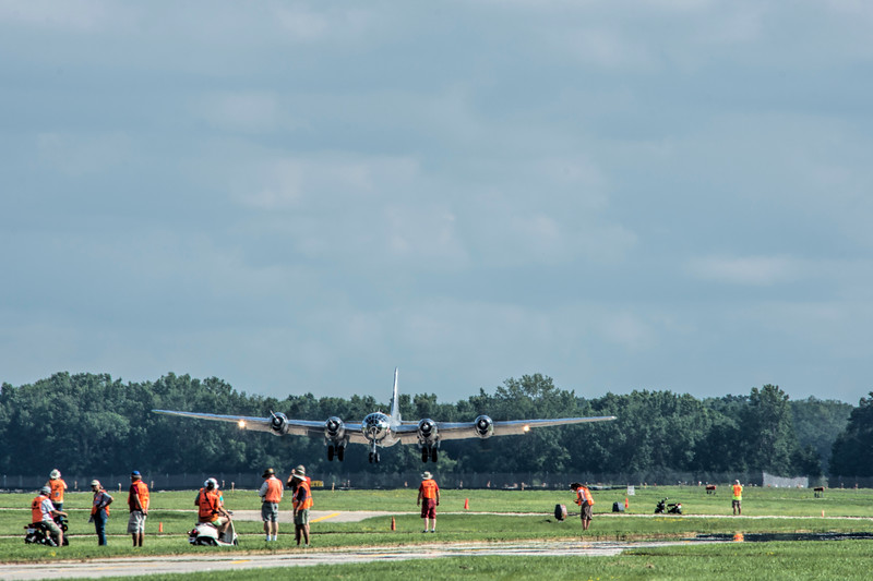 "B-29 ""DOC"" arrives at Oshkosh 2017"