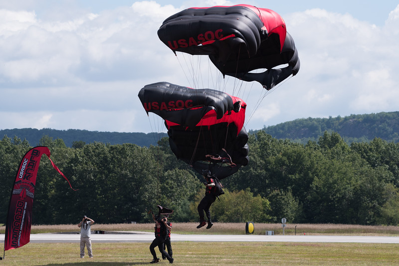 Black Daggers Parachute Demonstration Team
