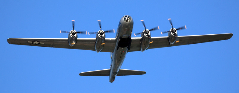 """Only flying B-29 bomber """"FiFi"""" from the Commemorative Air Force/"""