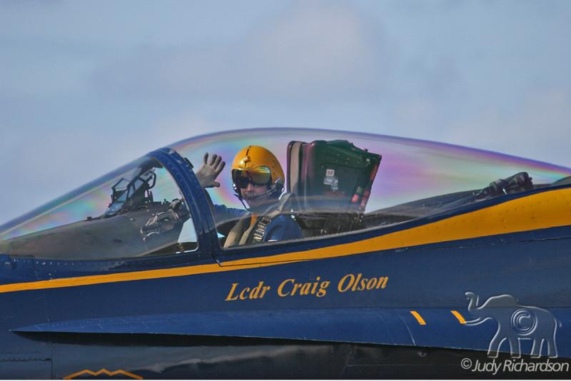 Lcdr Craig Olson Taking Off