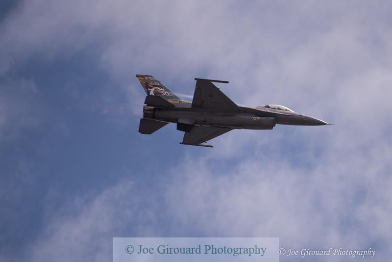 F16 Viper Demo Team - RI National Guard Open House