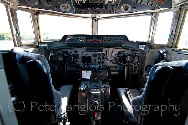 Cockpit of the Fokker F-27 - C-31A