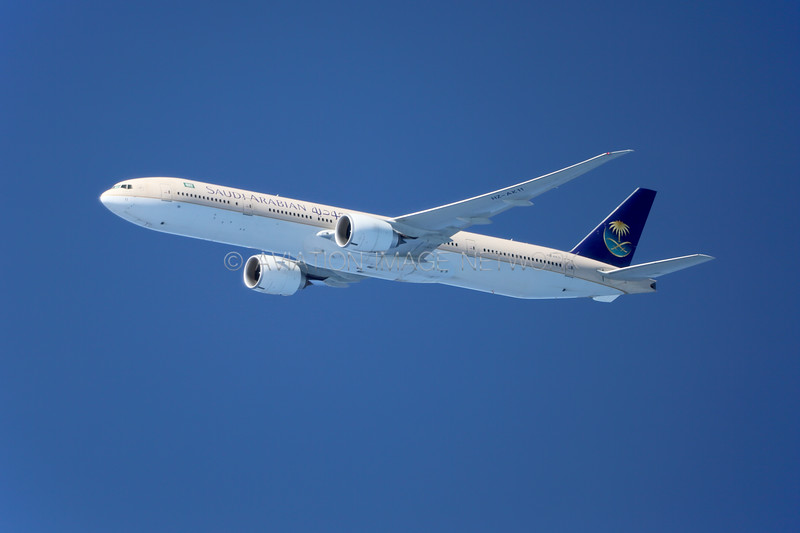 HZ-AK11   Boeing 777-368/ER   Saudi Arabian