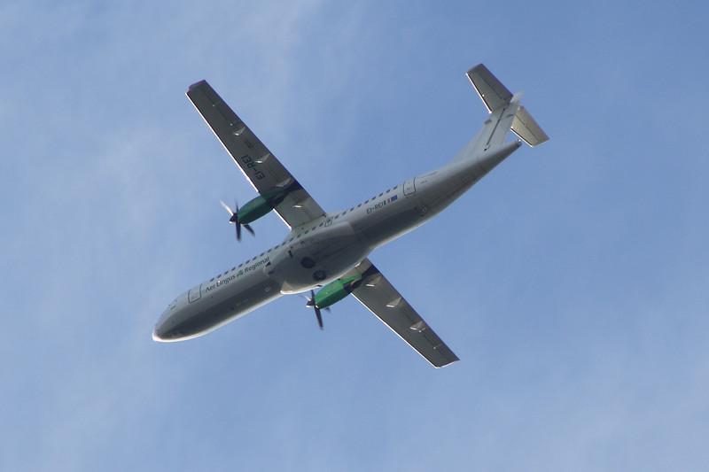 EI-REI An Aer Lingus Regional (Aer Arann) ATR ATR-72-202 after take off from Glasgow Airport.
