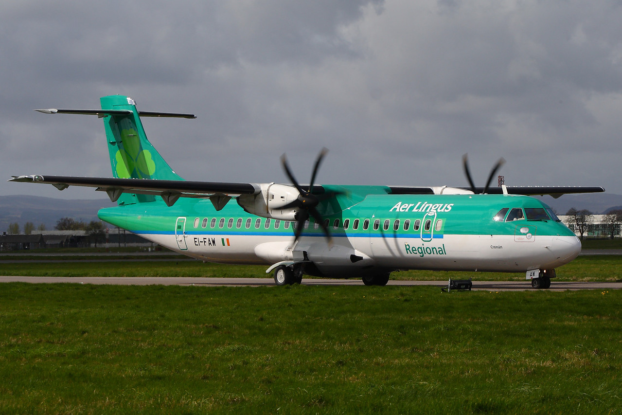 EI-FAW Aer Lingus Regional (Aer Arann) ATR 72-600 on the taxiway at Glasgow Airport prior to take off