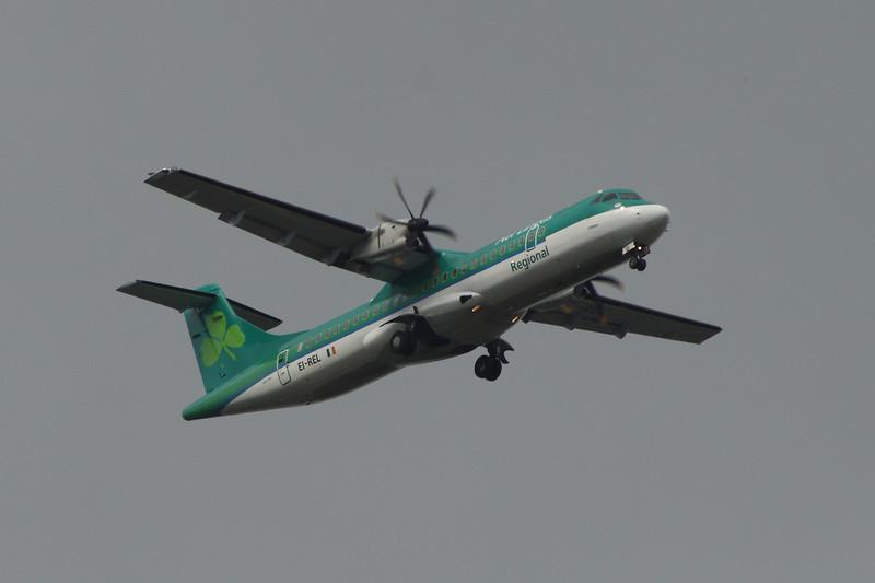 EI-REL An Aer Lingus Regional (Aer Arann) ATR ATR-72-500 on approach to Glasgow Airport