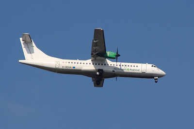 An Aer Lingus Regional (Aer Arann) ATR ATR-72-202 (EI-REH) on approach to Glasgow Airport.