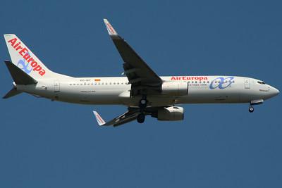 EC-IDT Air Europa Boeing 737-86Q Glasgow Airport 01/07/2014