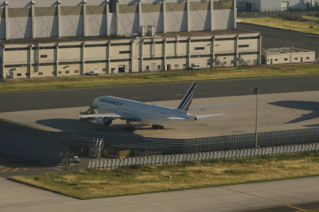 A Boeing 777-228(ER) (F-GSPX) of Air France at Paris Charles de Gaulle Airport