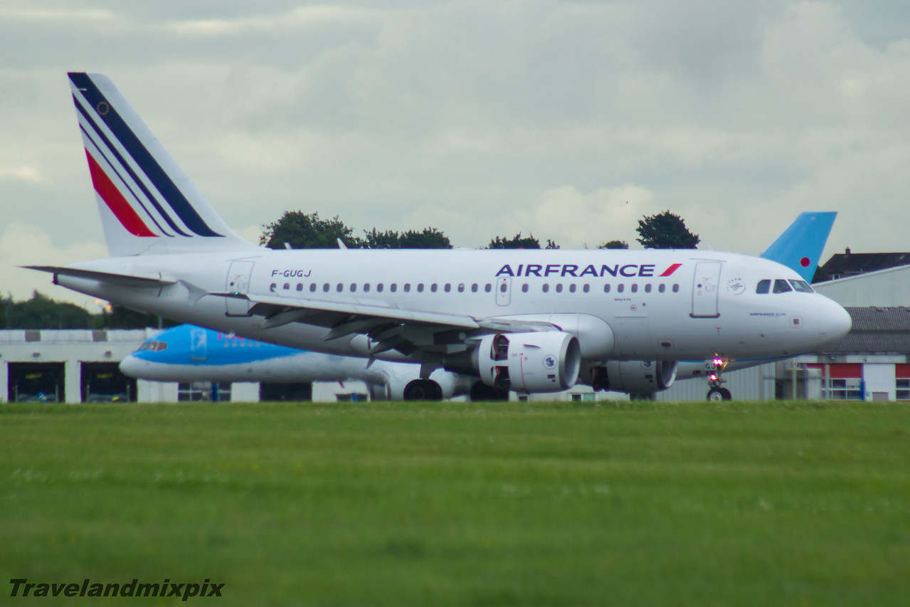 F-GUGJ Airbus A318-111 Air France Glasgow Airport 26/07/2016