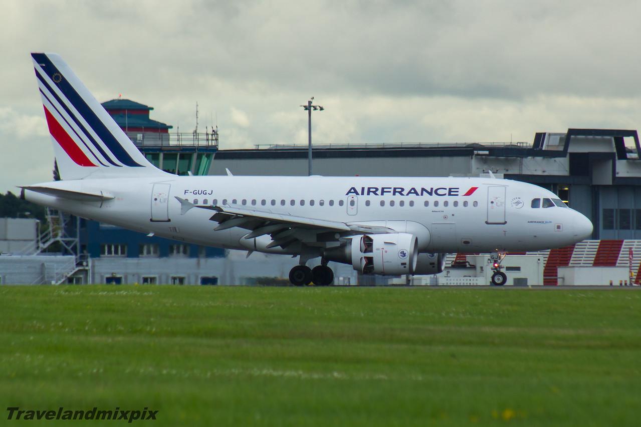 F-GUGJ Airbus A318-111 Air France Glasgow Airport 26/07/2016