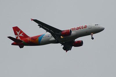 9H-AEK Air Malta Airbus A320-214 Glasgow Airport 24/06/2014