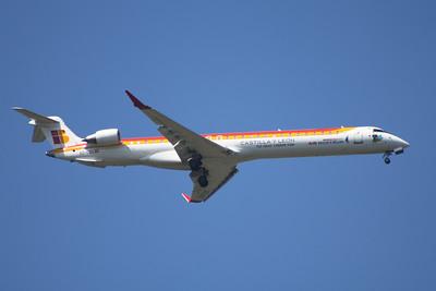 EC-LOX An Air Nostrum (Iberia Regional) Canadair CL-600-2E25 Regional Jet CRJ-1000 on approach to Glasgow Airport