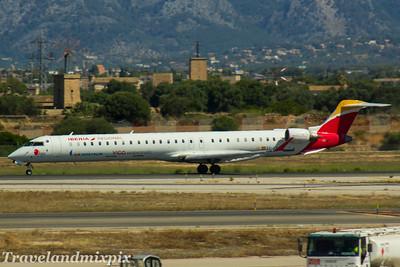 EC-LKF Air Nostrum (Iberia Regional)  Canadair CL-600-2E25 Regional Jet CRJ-1000  Palma de Mallorca Airport 04/07/2017